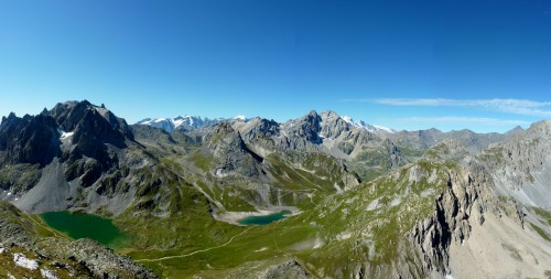Panorama complet lacs et glaciers